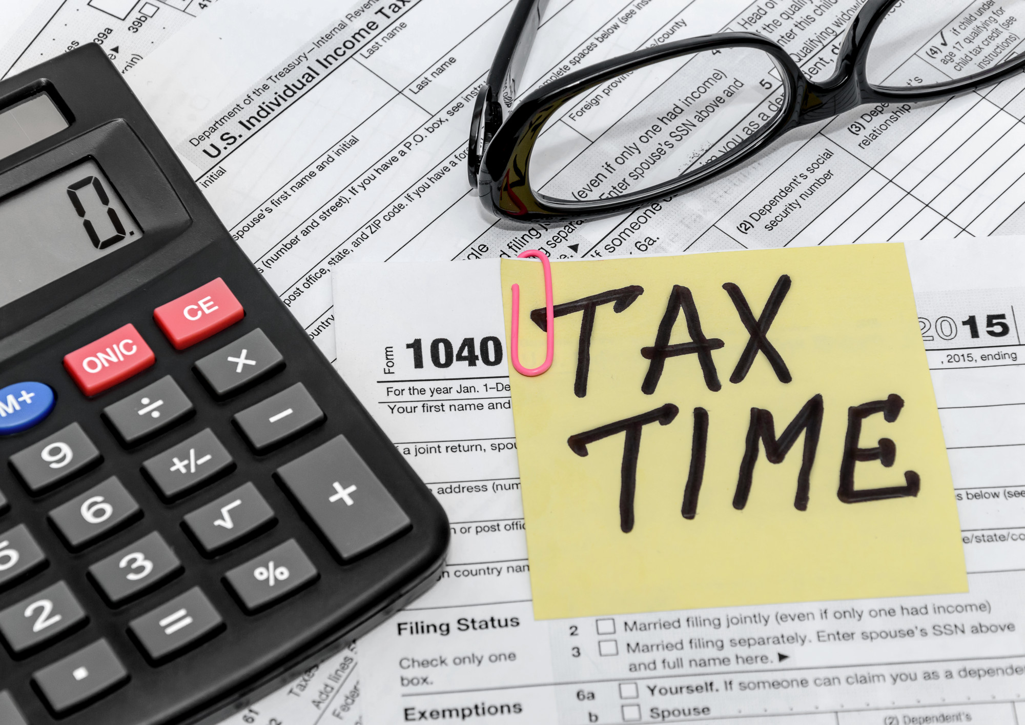 Supplemental Income for Business Professionals: Become a Tax Preparer