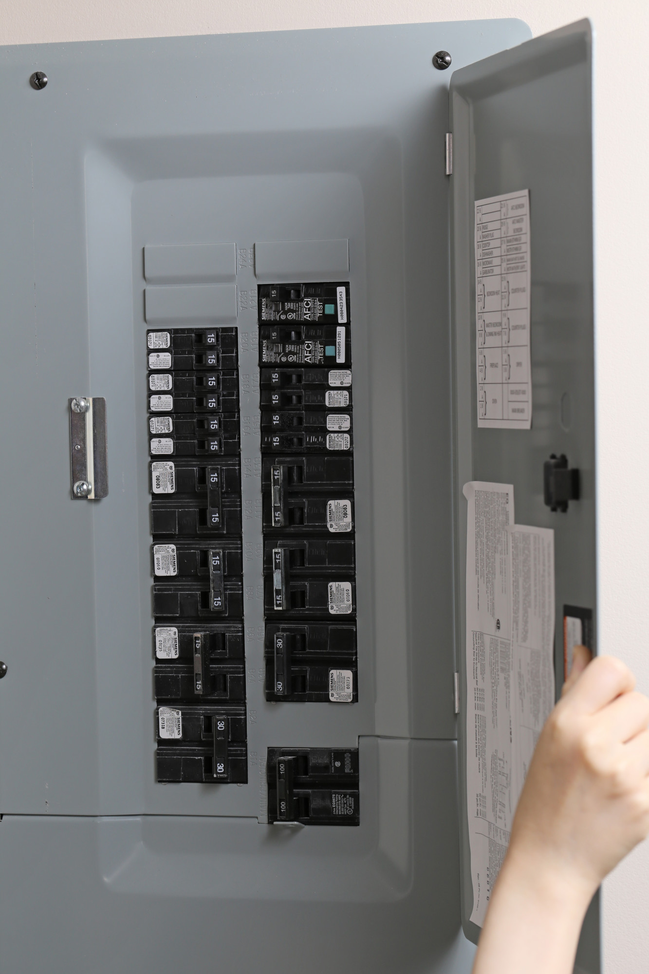 This Is How Much an Electrical Panel Upgrade Costs in 2021